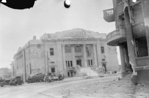 Сталинградский городской театр, январь 1943