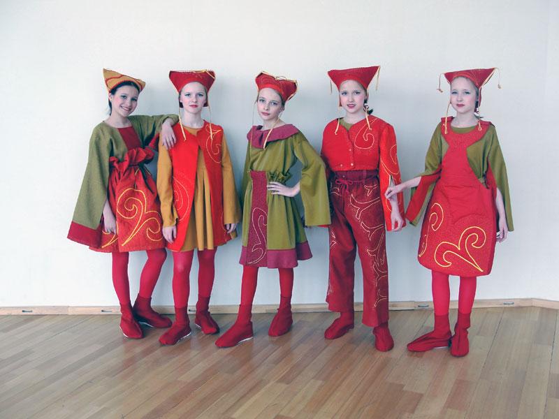 Театр моды «Берегиня» Коллекция «Поэзия народного костюма»
