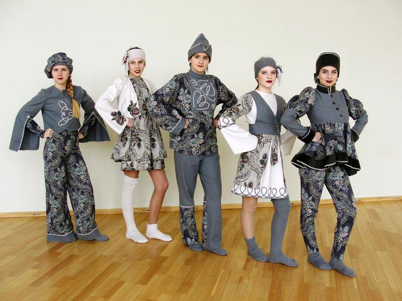 Театр моды «Силуэт» Коллекция «Гобеленовые мотивы»
